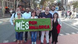 Representantes de MÉS per Mallorca participan en la Diada de Catalunya