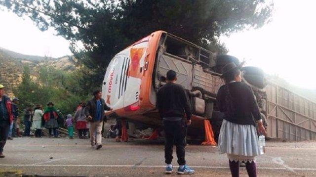 Un accidente de autobús se cobra la vida de cinco personas en Perú