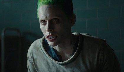 Joker tortura a Harley Quinn en una imagen inédita de Escuadrón Suicida