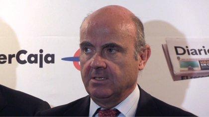 De Guindos advierte de que el PIB de Cataluña caería entre un 25% y un 30% si se independiza