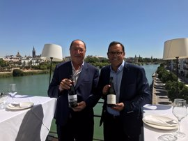 Bodega Carlos Moro presenta sus vinos en Sevilla ante cerca de 60 hosteleros