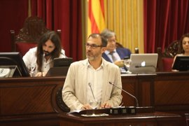 El Parlament rechaza reprobar al vicepresidente Biel Barceló por la crisis de los contratos de MÉS