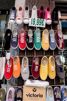 Zapatos, zapatos, tiendas de zapatos, zapatos de colores
