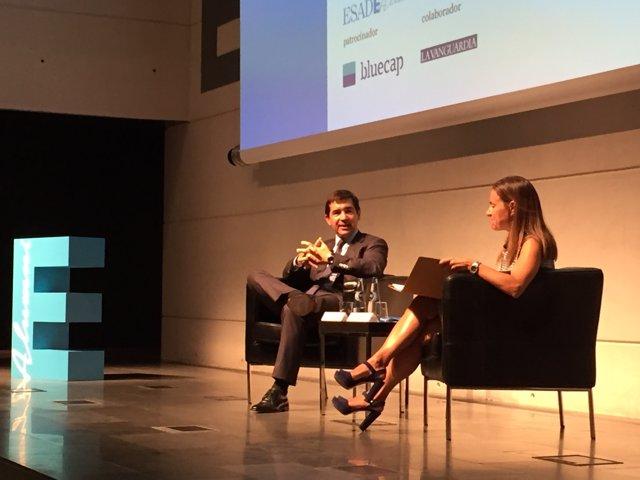 Carlos Torres (BBVA) en una trobada d'Esade a Barcelona