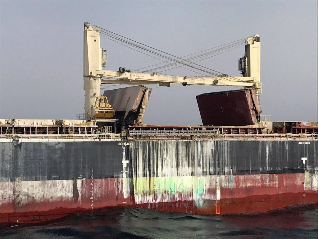 Granada el barco remolcado a motril no representa - Cocinas el barco granada ...