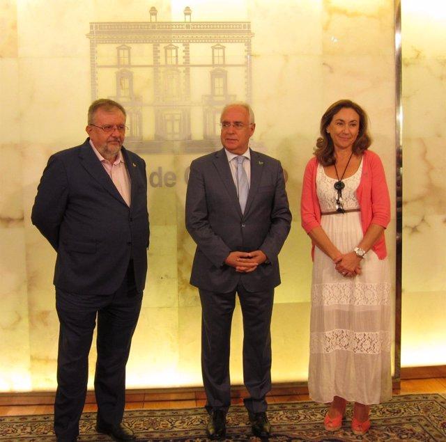 Acuerdo Gobierno y Fundación Francisco Luzón