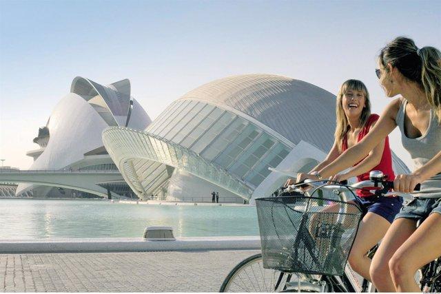 Turistas por València