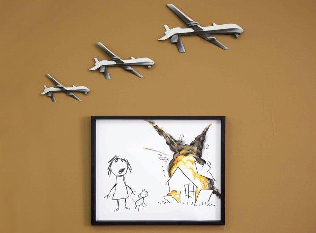 Dibujo de drones del artista conocido como Banksy