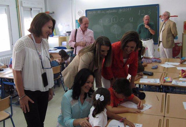 Rafi Crespín con Esther Ruiz e Isabel Ambrosio