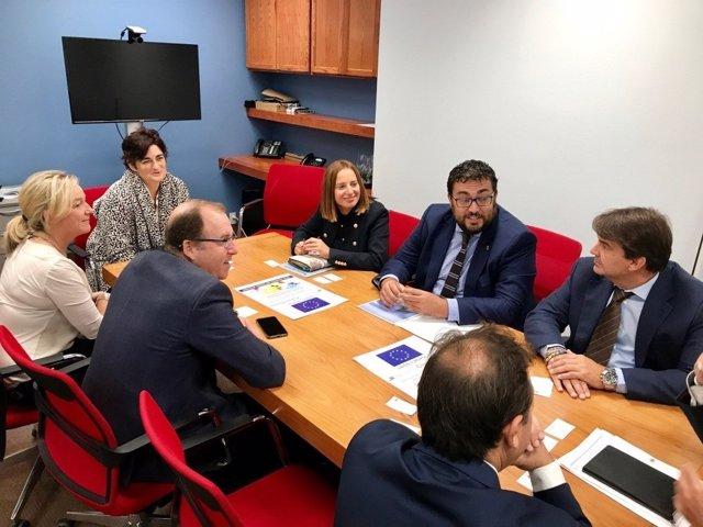 Reunión de la misióon comercial de Diputación