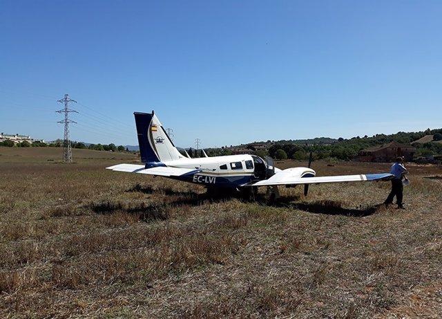 Avioneta aterrizada de emergencia en Sant Quirze
