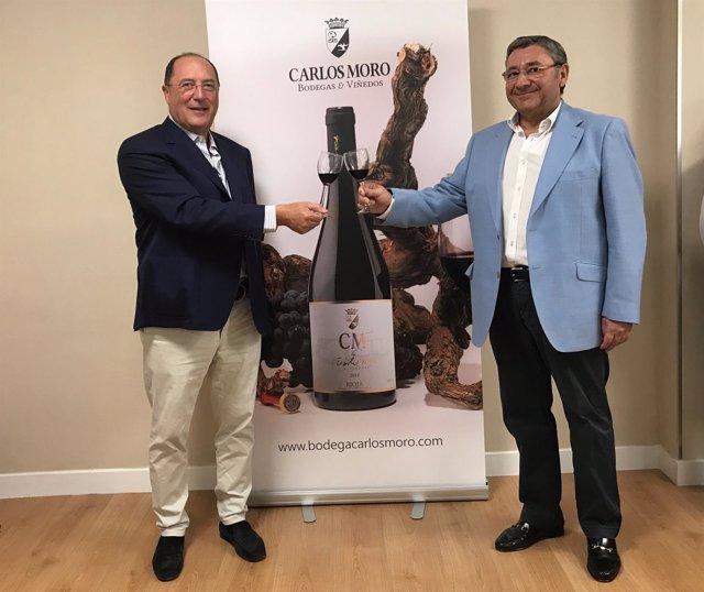 Carlos Moro presenta sus vinos en Huelva.