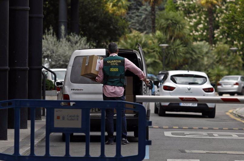 La Guardia Civil acreditó reuniones de Ignacio González con dos subsecretarios de Estado en los seguimientos de Lezo
