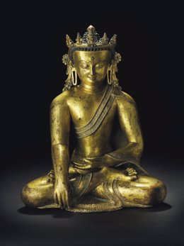 La baronesa Thyssen vende por 3,2 millones una estatua de Budda