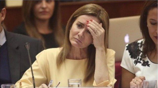 Proponen plantear una moción de censuar contra la ministra de educación