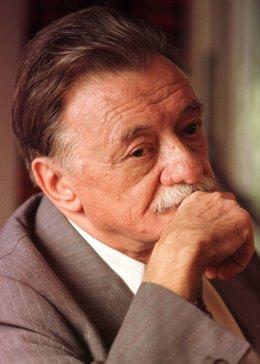 Mario Benedetti, el poeta al que solo le faltó escribir ópera