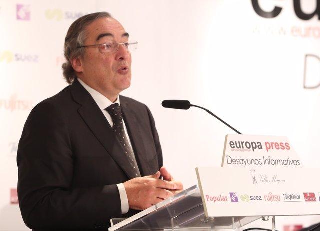 Juan Rosell en los Desayunos de Europa Press