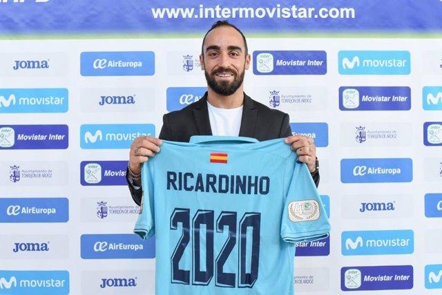 Ricardinho renova amb el Movistar Inter