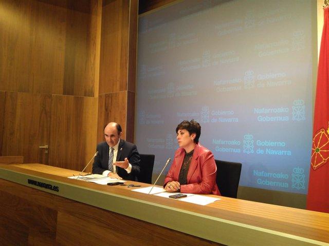 Manu Ayerdi y María Solana en la rueda de prensa