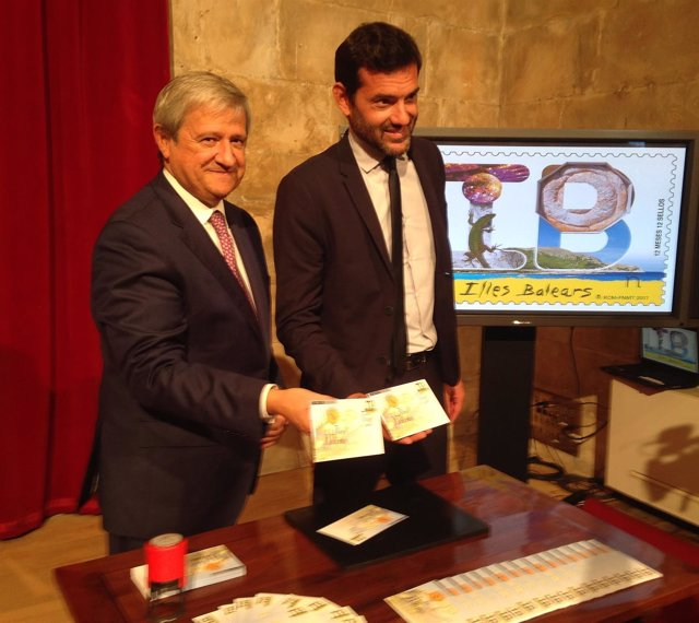 Presentación del sello de Correos dedicado a Baleares