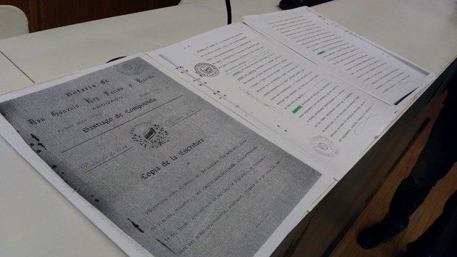 Copia del expediente de propiedad de las esculturas del Mestre Mateo