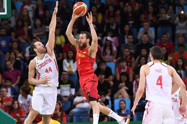 Sergio Rodríguez y Bogdanovic en el España - Croacia de los Juegos de Río