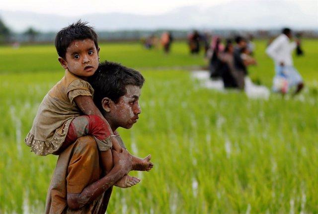 Niños rohingya en Bangladesh