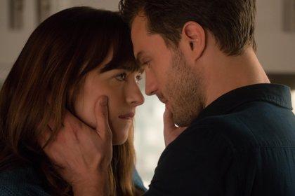 El truco de Dakota Johnson para rodar escenas de sexo en 50 sombras de Grey con Jamie Dornan