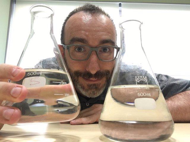El escritor y biólogo Daniel Arbós