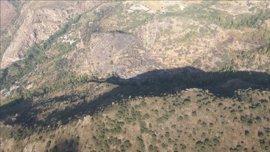 El Infoca da por controlado el incendio forestal declarado en Cástaras (Granada)