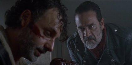 The Walking Dead: Rick y Daryl planean la guerra contra Negan en las nuevas imágenes de la 8ª temporada