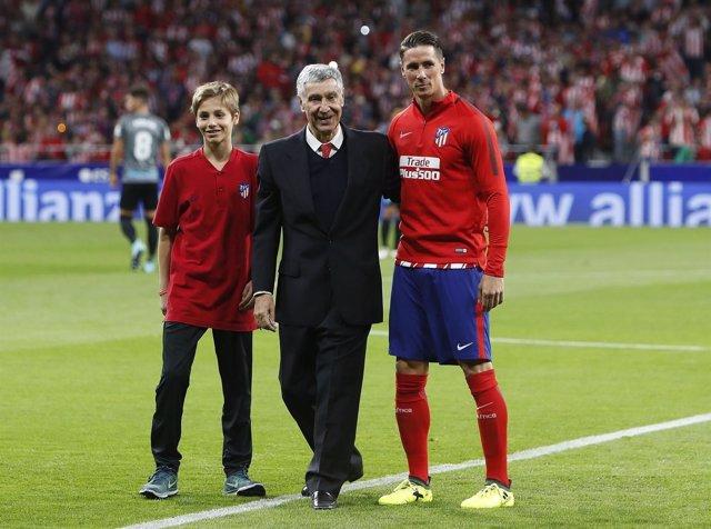 José Eulogio Gárate, Fernando Torres y Hugo, un canterano del Atlético