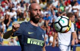 El Inter se mantiene firme para colocarse líder y la Roma vence con comodidad
