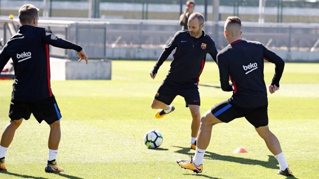 Andrés Iniesta entrenamiento Barcelona