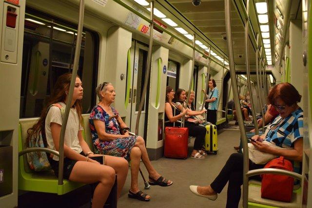 Viajeros de Metrovalencia