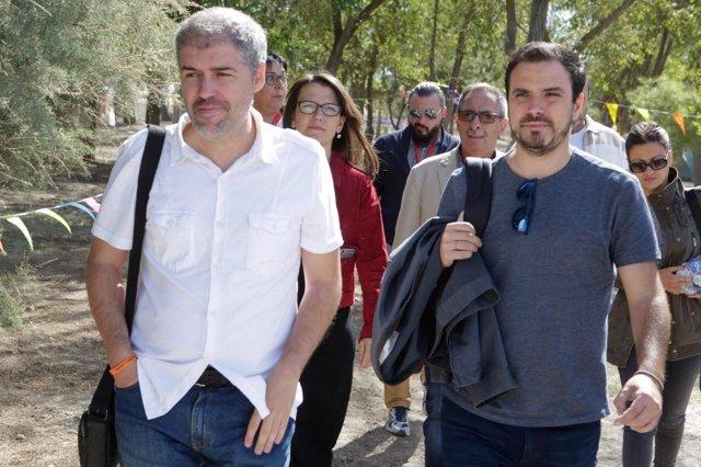 Unai Sordo (CCOO) y Alberto Garzón (IU) durante clausura de Escuela de Verano IU