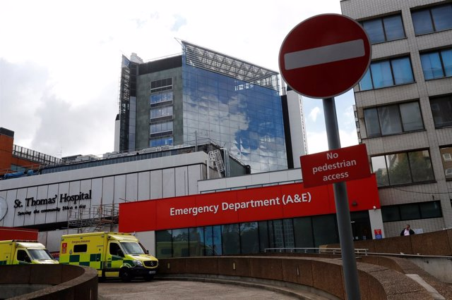 Entrada de un hospital en Londres