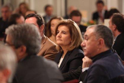 Báñez recibe hoy a los líderes de CC.OO., UGT, CEOE y Cepyme para impulsar el diálogo social