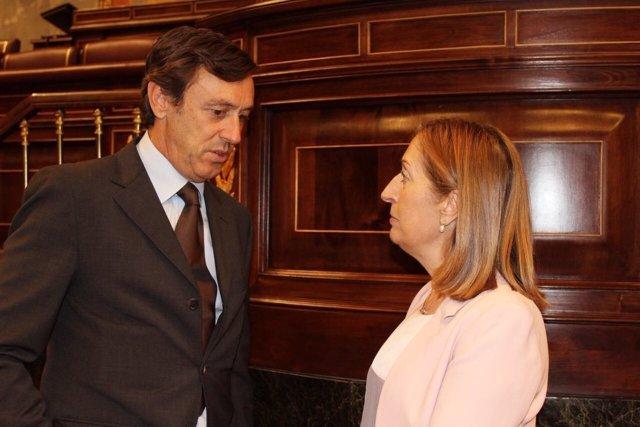 Rafael Hernando y Ana Pastor