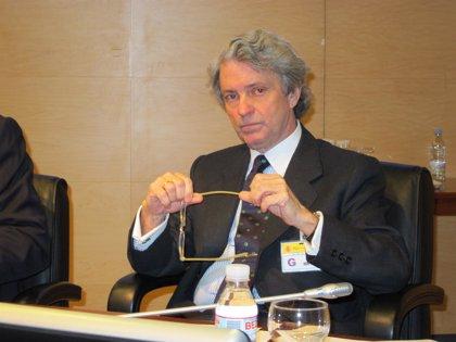 Montes (Unesa) ve necesaria certidumbre ya que la entrada de renovables va a suponer la llegada de inversores