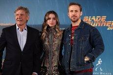 """Harrison Ford presenta 'Blade runner 2049': """"No podem deixar que cultures o interessos econòmics portin a la divisió"""" (Europa Press)"""