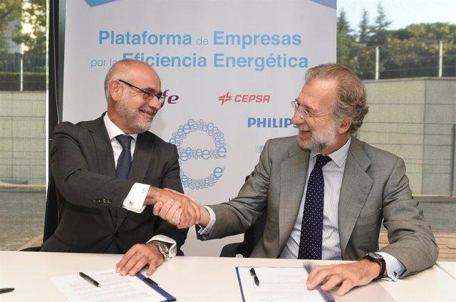 Alberto Navarro, CEO de Seur, y Javier Uriarte (Endesa)