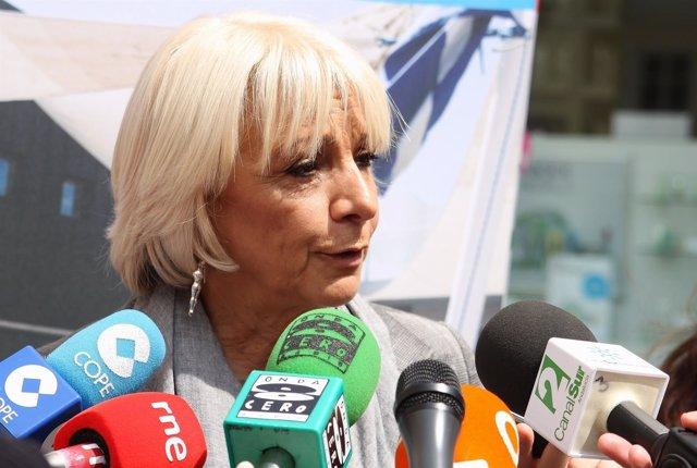 Teófila Martínez, Alcaldesa De Cádiz