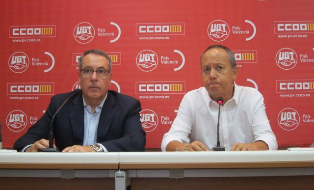Els secretaris generals de CCOO-PV, Arturo León, i UGT-PV, Ismael Sáez