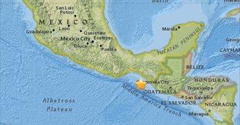 Un fuerte sismo de 7,1 grados sacude a México