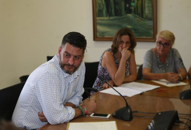 Reunión del Consell Local de Comerç