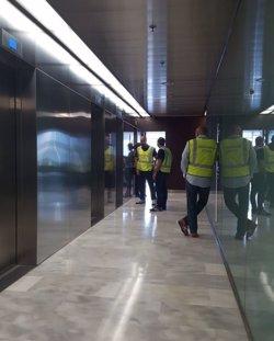 ACTUALIZACIÓ:La Guàrdia Civil entra al Departament d'Economia, Governació i Afers Socials de la Generalitat (ACN)