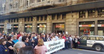 CC.OO. y la Intersindical condenan la actuación de la Guardia Civil