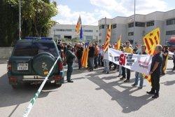 La Guàrdia Civil localitza paperetes del referèndum de l'1-O en una nau de Bigues i Riells (ACN)