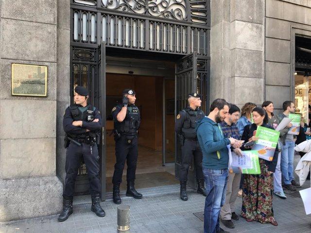 La Guardia Civil en la Conselleria de Gobernación de la Generalitat